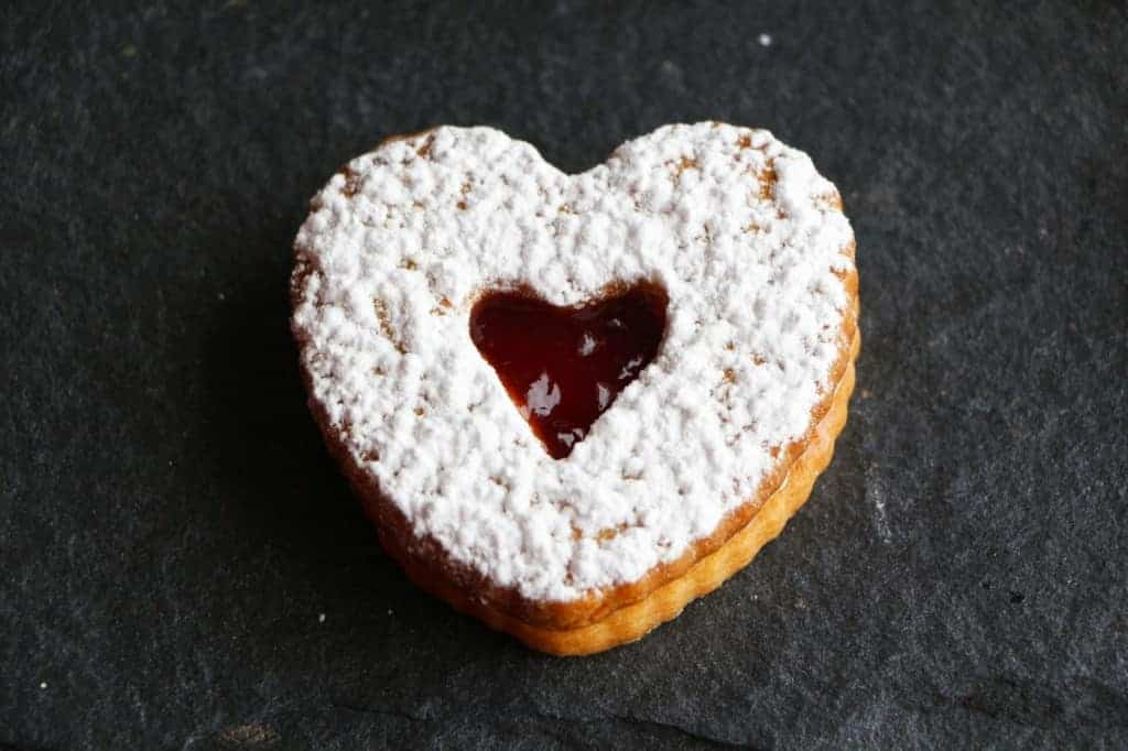 Valentine cookie with jam