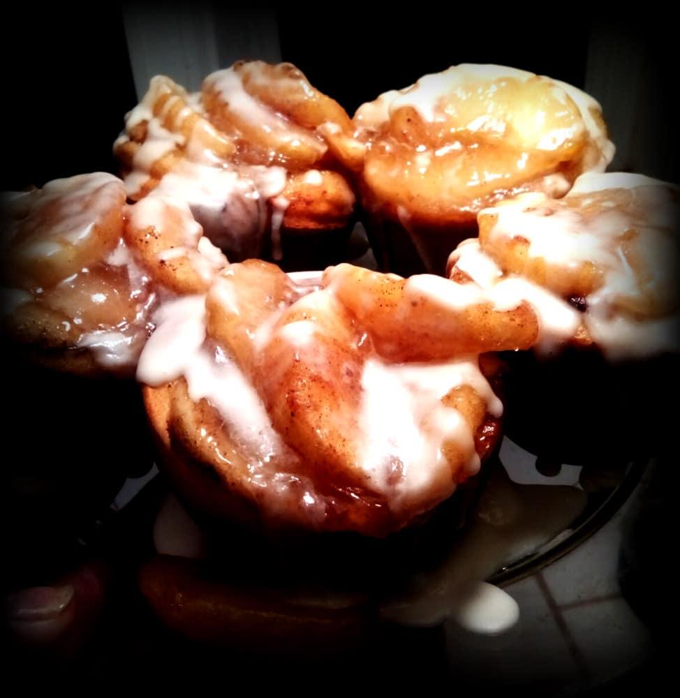 Apple Jam in Cinnamon Buns