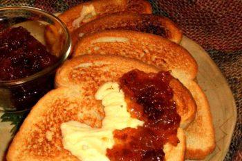 LunaGrown Raisin Jam on Toast