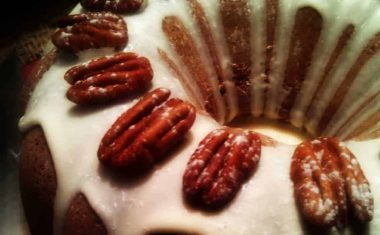 Our Favorite Autumn Spice Cake Made With LunaGrown Jam